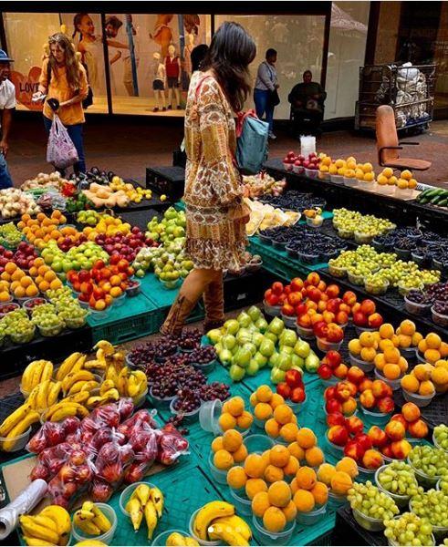 mercado fruta ecologica