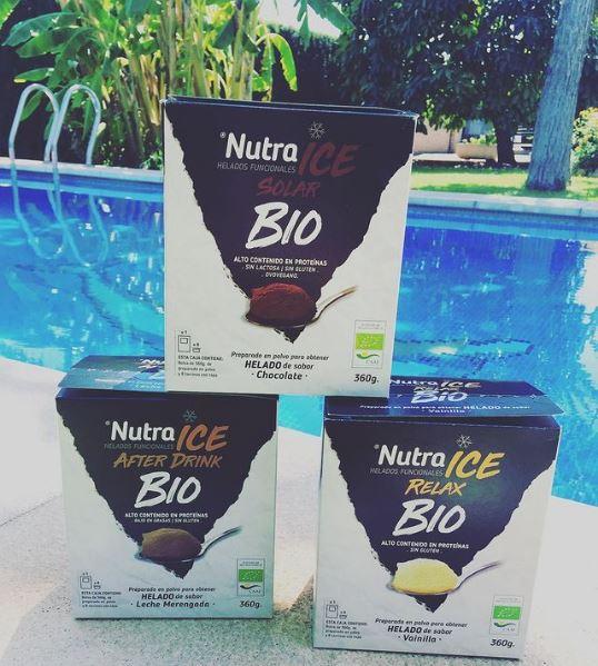 helados nutra ice en la piscina